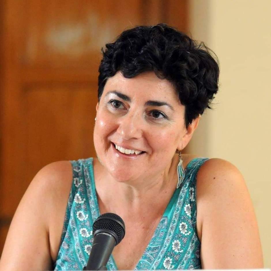 Maria Eugenia Hernández